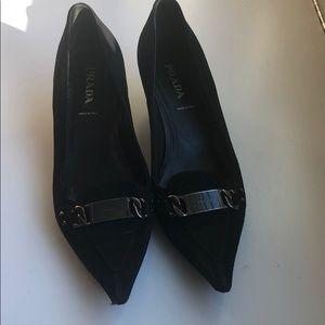Prada suede kitten heels size 91:2